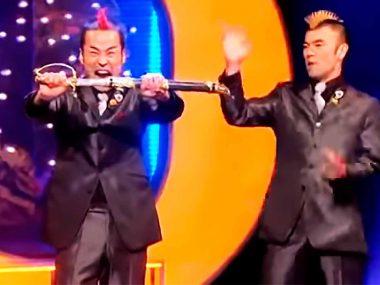 Gamarjobat-The-Best-Comedian-Magic-on-Comedy–Rocks