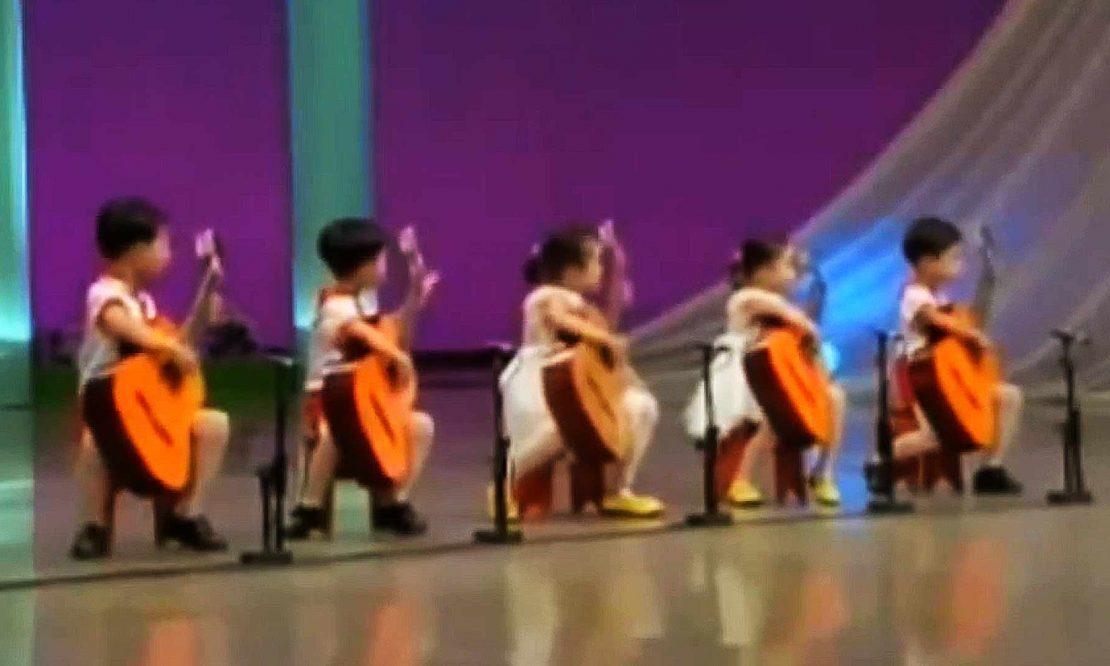 Korean-children-play-Russian-thieves-hit-Murka